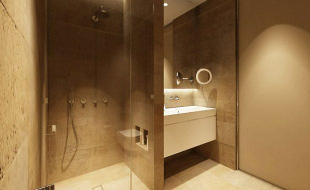Ανακαίνιση μπάνιου με χτιστή ντουζιέρα και καμπίνα για μοναδικό μπάνιο