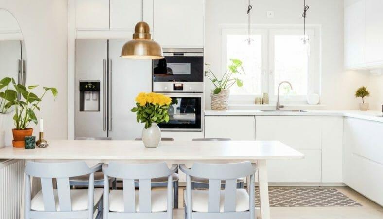 Ανανεώστε τον χώρο της κουζίνα σας βάφοντας αυτά τα επτά πράγματα