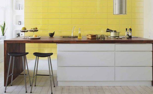 Τι υλικό να επιλέξετε για τον πάγκο και την πλάτη της κουζίνας σας