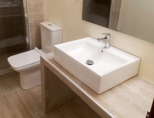 Ανακαίνιση μπάνιου στον άγιο Στέφανο