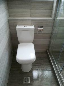 Ανακαίνιση μπάνιου στην Ηλιούπολη Ανακαίνιση μπάνιου στην Ηλιούπολη