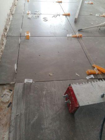 Τοποθέτηση πλακιδίων δαπέδου