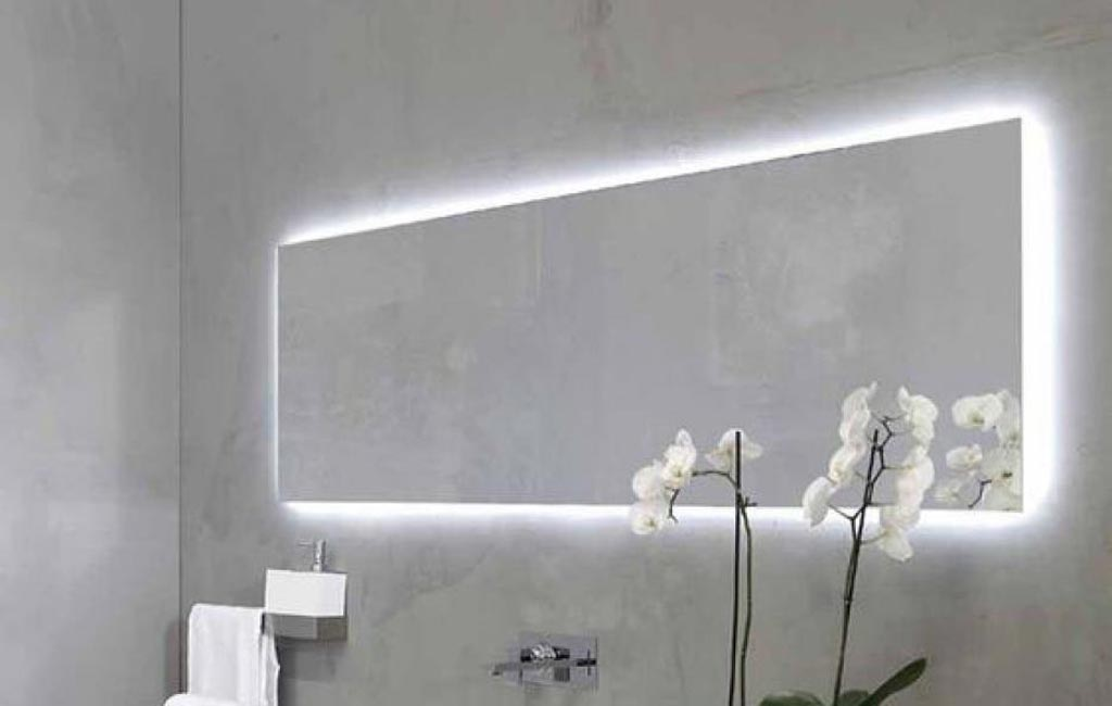 Φωτισμός και καθρέφτης